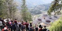 春节长假南靖土楼景区异常火爆 吸金2.23亿创新高 - 新浪