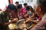 厦门思明:诵古诗弹古琴 体验端午习俗传承传统文化 - 文明