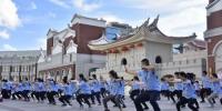 营员学习、感受中华传统武术的魅力。 - 福建新闻