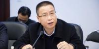 吴钟民表示,2019年,三明市委抢抓机遇、主动作为,推动军民融合发展各项工作在三明落地生根。李南轩 摄 - 福建新闻